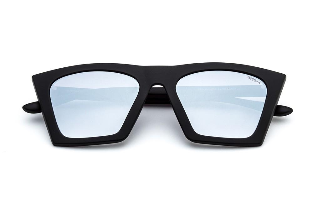 Black - Silver Flashed Lens
